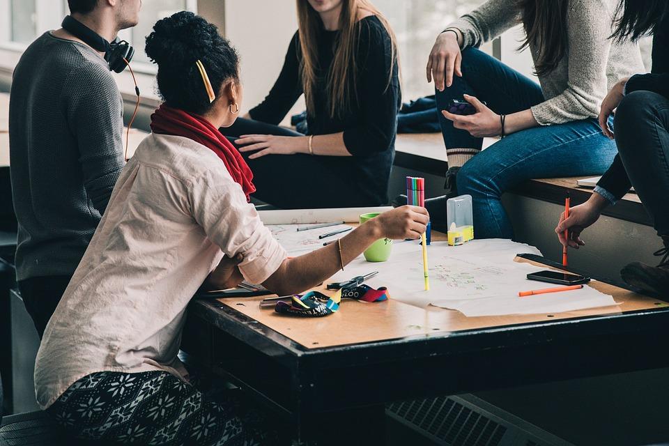 30+ Biznesa Idejas ko Studenti Var Uzsākt Augstskolā