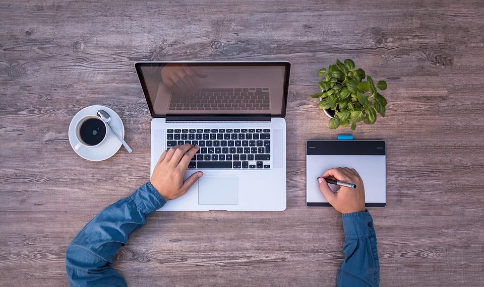 5 biznesa idejas ko Jūs varat sākt ātri, bez naudas un no savām mājām