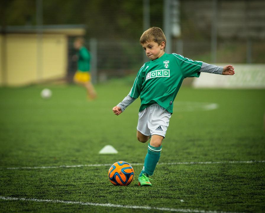 Futbola treidings