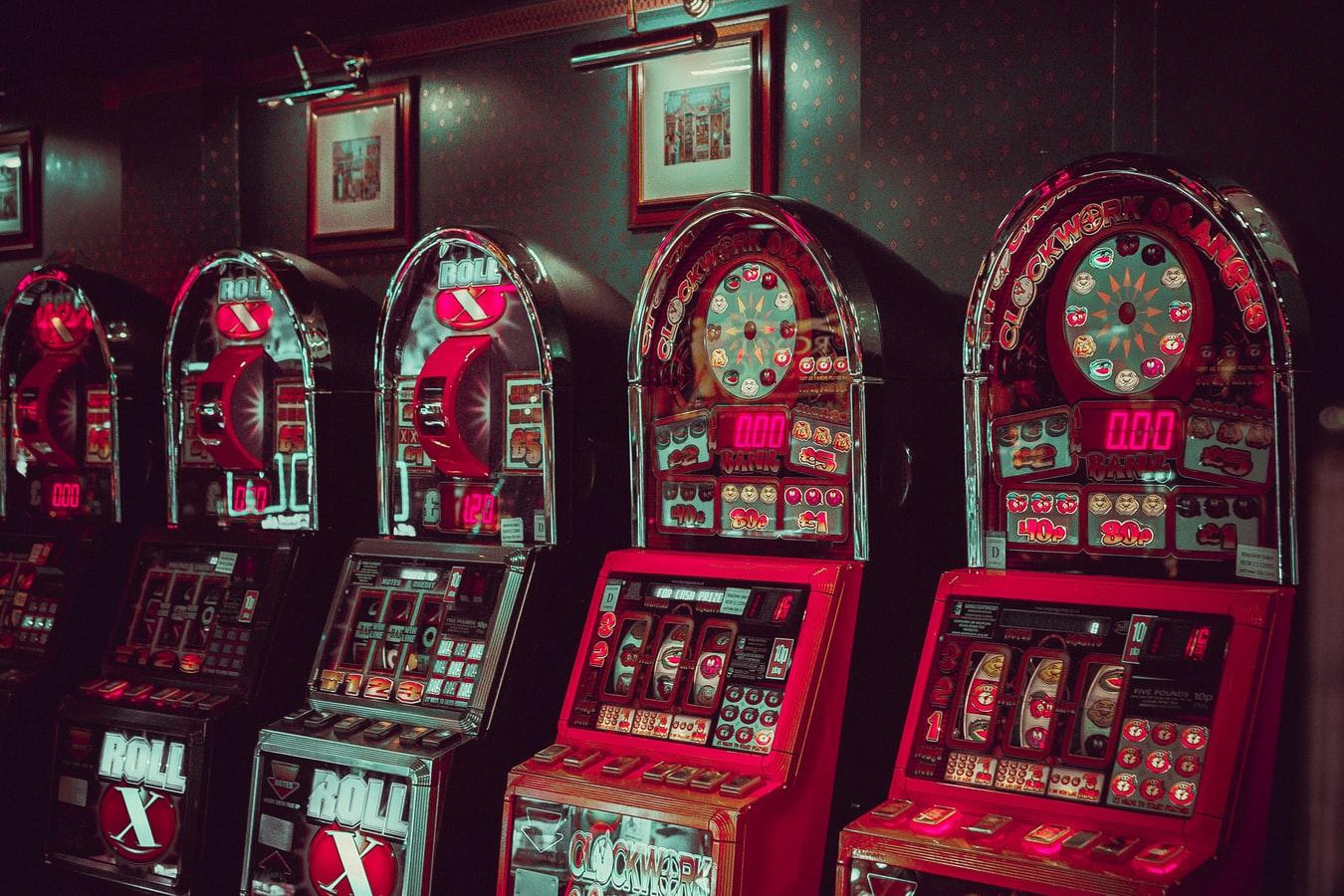 Kā apspēlēt spēļu automātus, lai vinnētu īstu naudu?