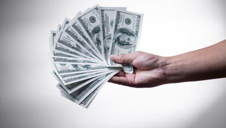 Saņem naudu par brīvu no Totalizatoriem