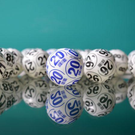 Kā spēlēt un uzvarēt Bingo?